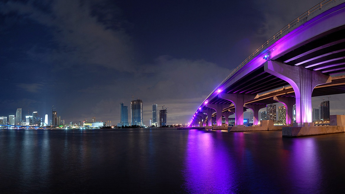Miami USA At Night Wallpapers